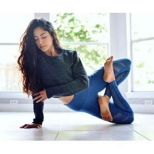 Домашня йога: 10 корисних порад>
