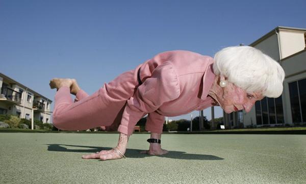 Йога способствует сохранению мышечной массы
