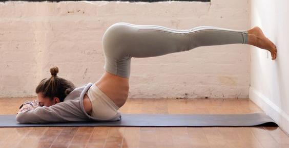 Девушки-йогини имеют прекрасное тело